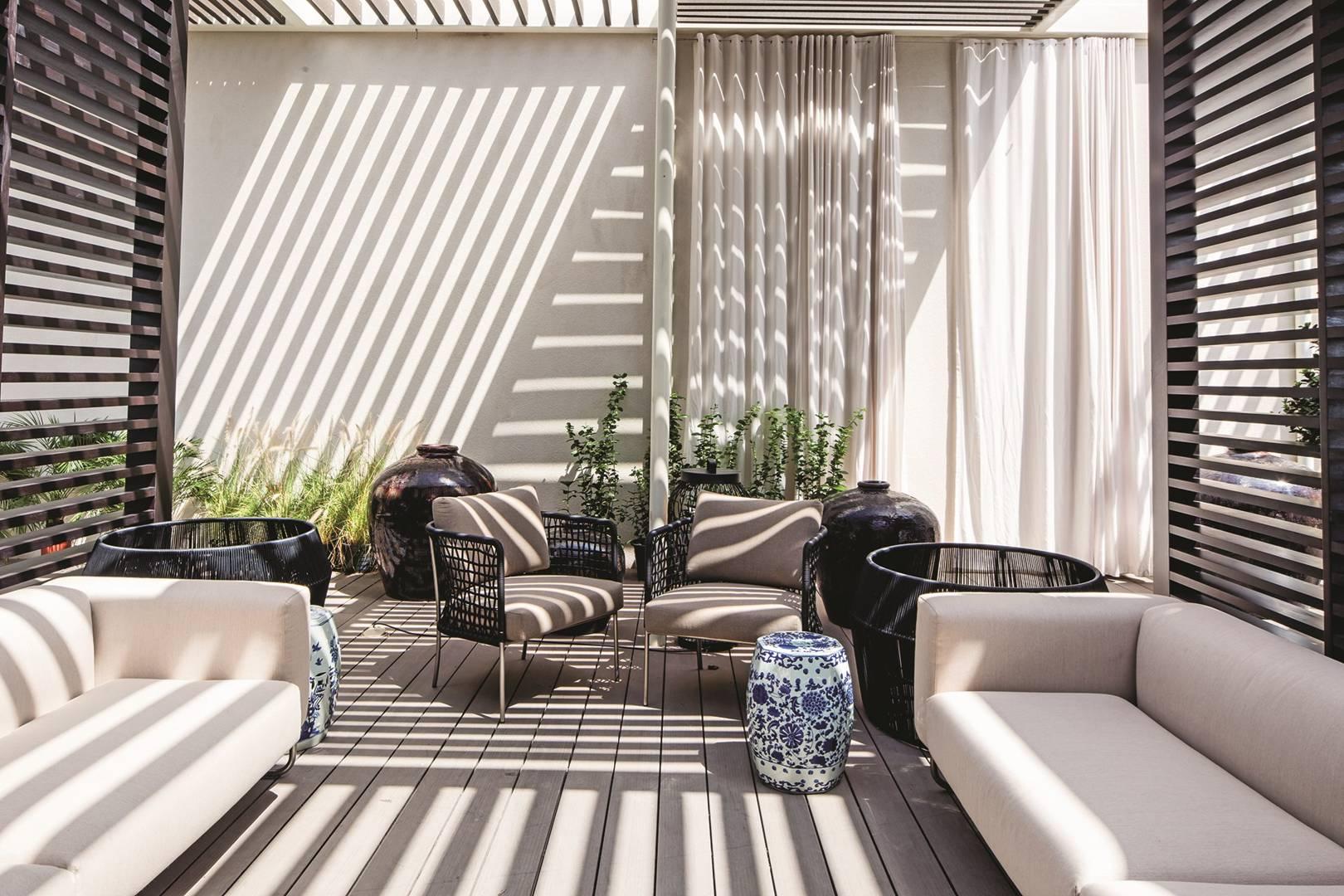 Furniture Fine Simple Modern Modern Hotel Fashion Coffee Shop Metal Lounge Chair Villa Bibden Sofa Childrens Stool