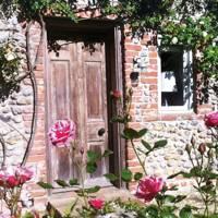 Cartshed Cottages, Sharrington Hall, Norfolk