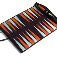 The travel backgammon
