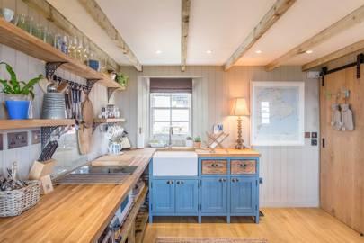 Weaver's Cottage, Lower Largo, Scotland (via Airbnb)