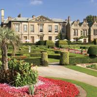 Explore the grounds of Coombe Abbey