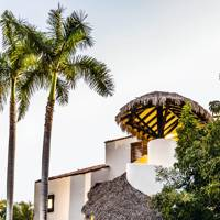 1. SAVE 20% ON STAYS AT THE THOMPSON IN ZIHUATANEJO, MEXICO