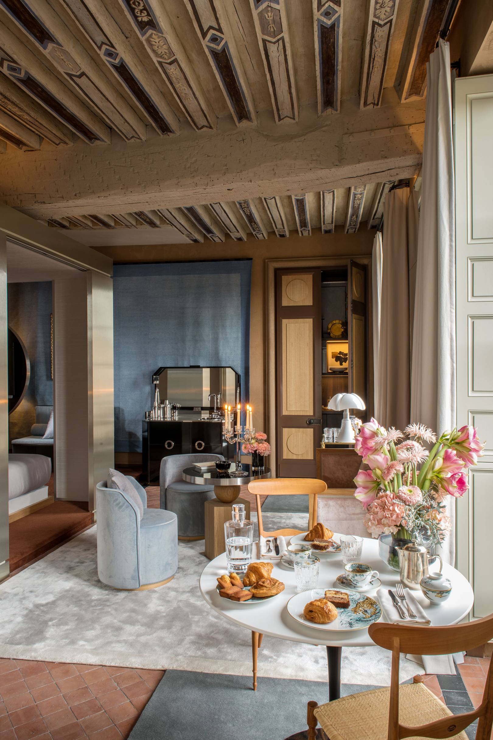 Deco Salon Gris Rose Blanc the best hotels in paris | 2020 hotel guide | cn traveller