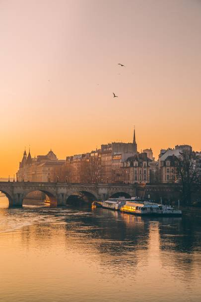 l'Île de la Cité at sunrise