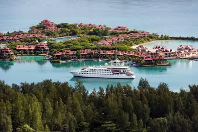Crystal Esprit, Seychelles