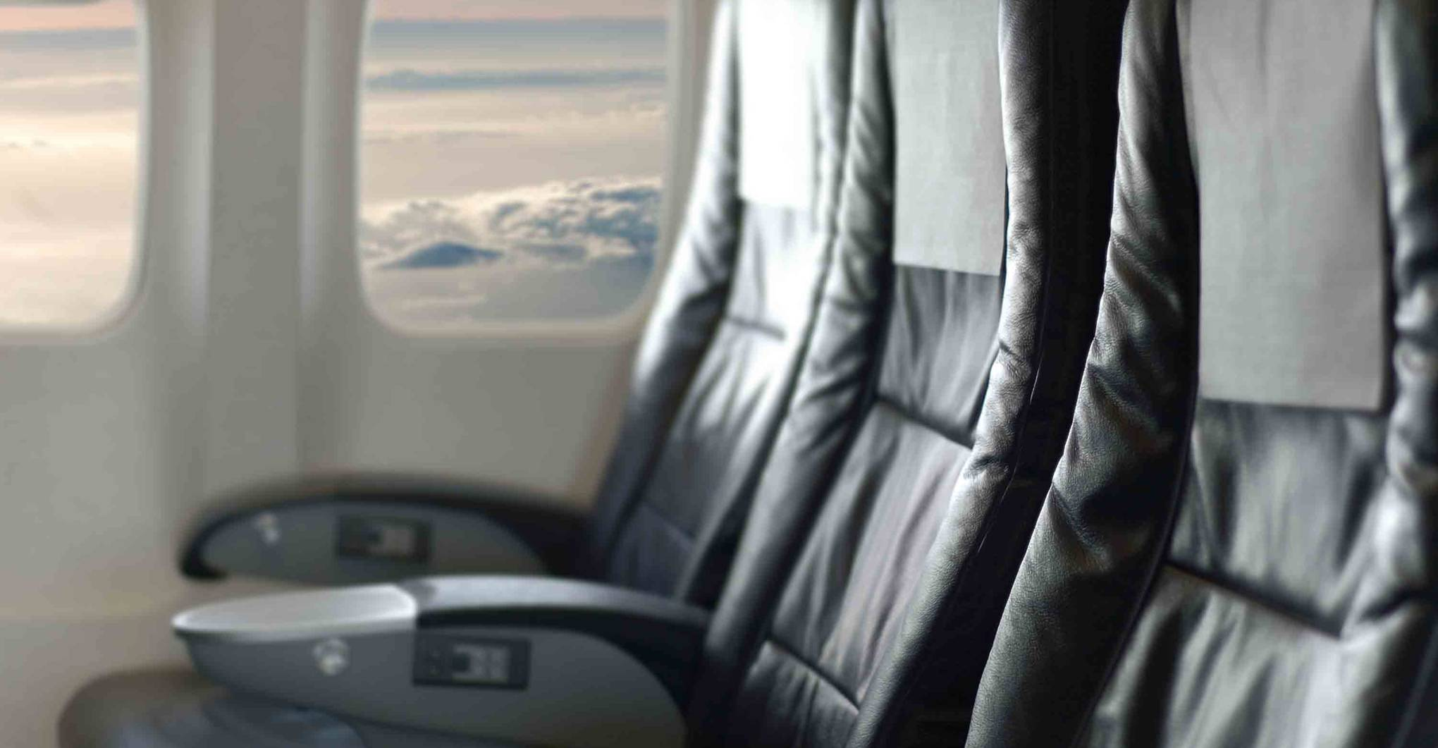 Why you shouldn't recline your airplane seat