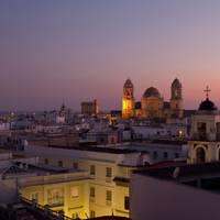 Exploring the neighbourhoods of Cadiz