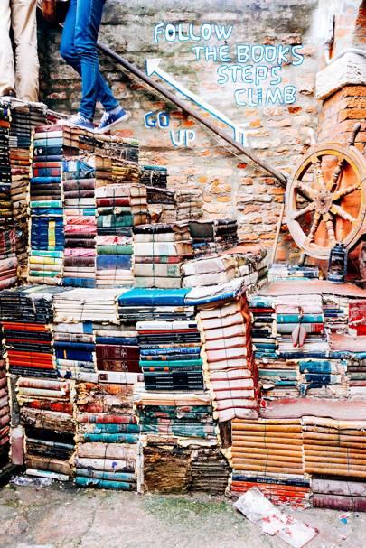 10. Libreria Acqua Alta
