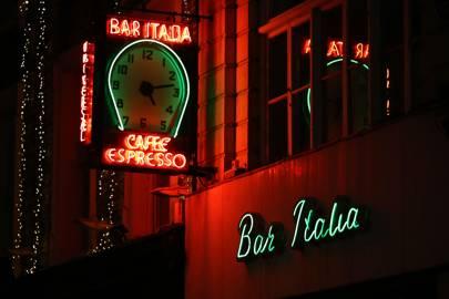 6. Bar Italia