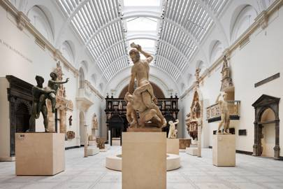 VICTORIA AND ALBERT MUSEUM, KNIGHTSBRIDGE