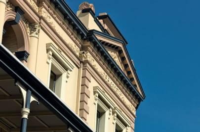 Victorian building