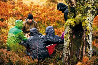 Teamwork at the Bear Grylls Survival Academy