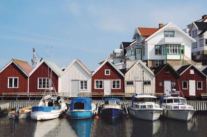 Quayside huts on Åstol