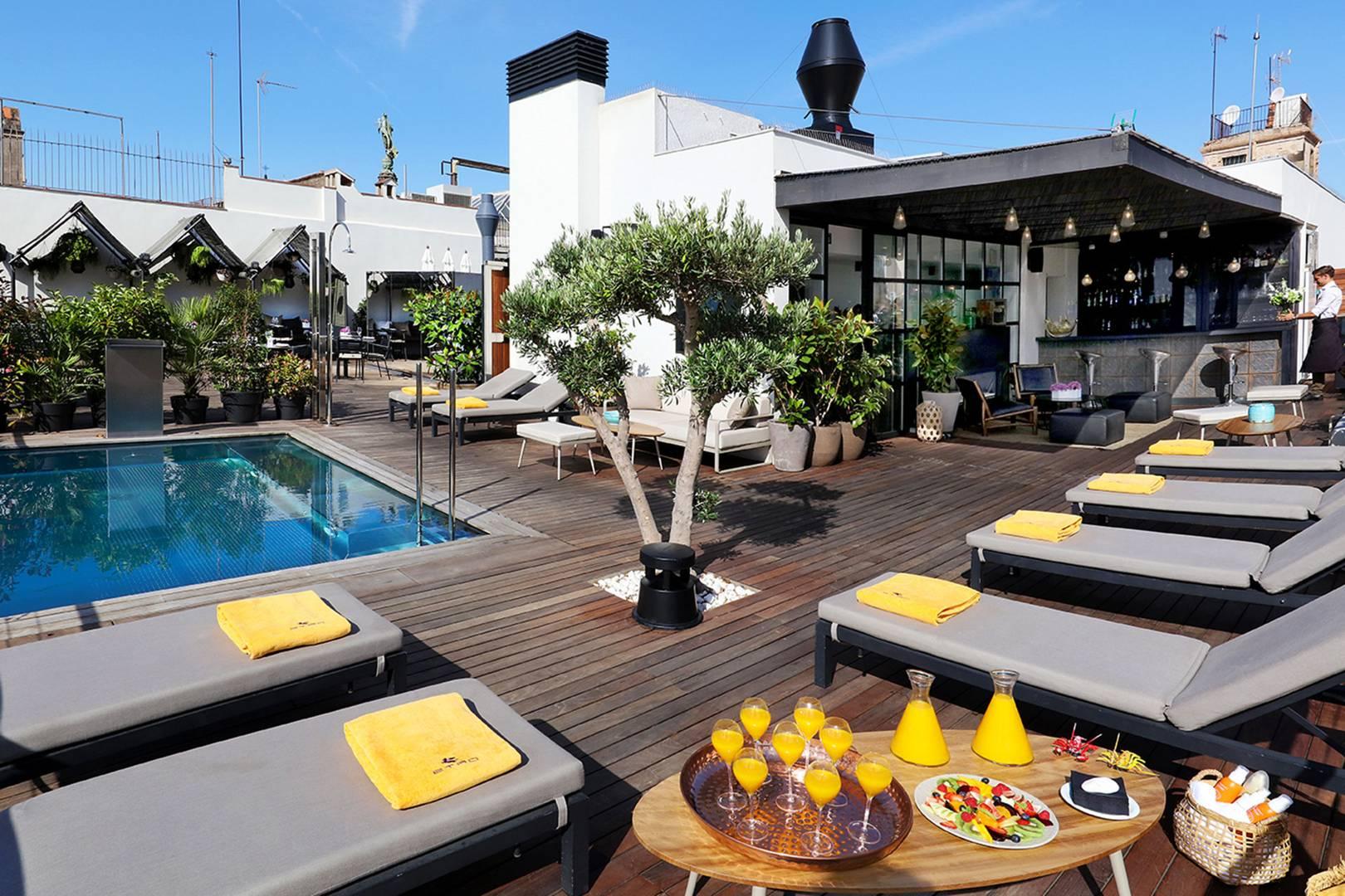 The Best Rooftop Bars In Barcelona Cn Traveller