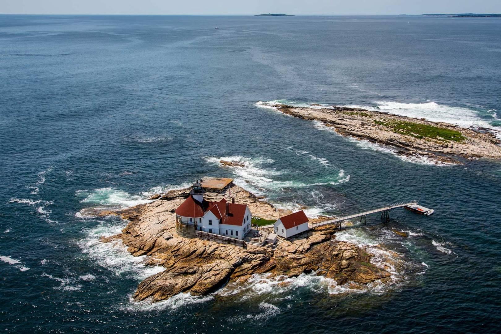 Lighthouses   CN Traveller