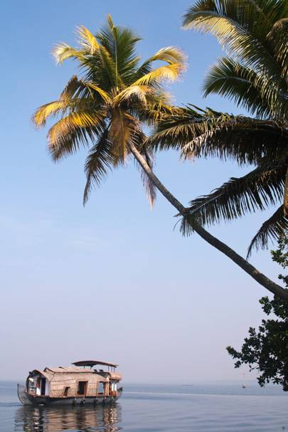 5. GO EAST: KERALA, INDIA
