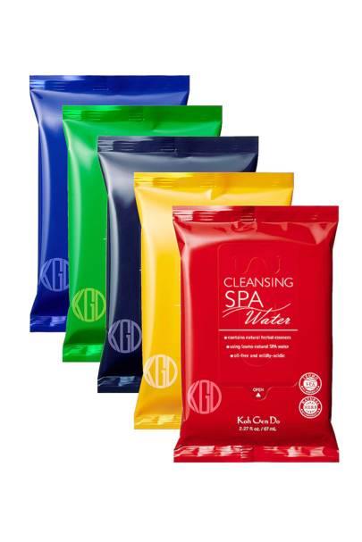 Refreshing spa wipes