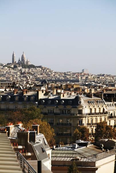 1. Paris
