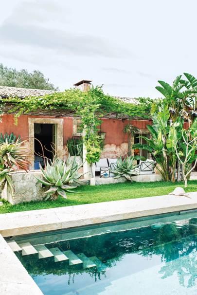 17. Maison de Oliviers, Sicily