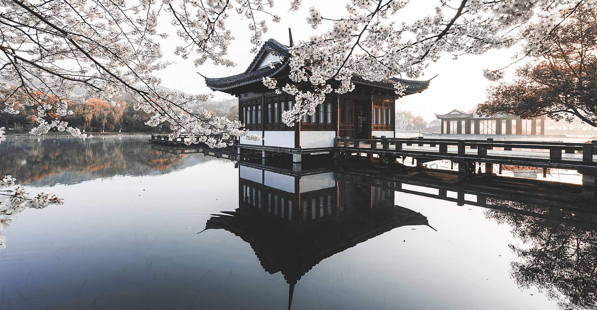 10 ways to experience Hangzhou