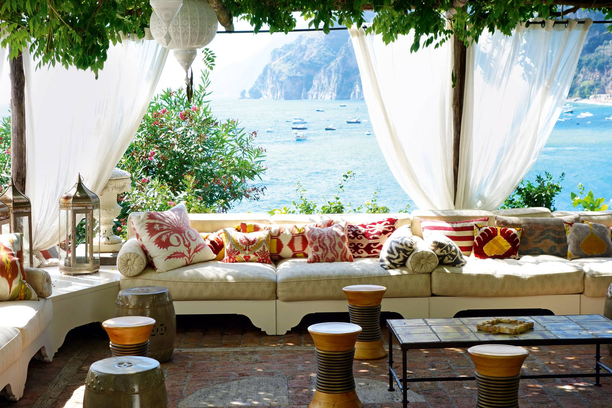 Hotel rooms with amazing views | CN Traveller