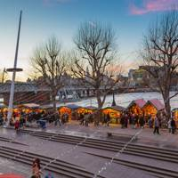 WINTER MARKET, LONDON