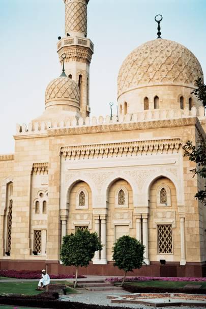 """17. <a href=""""http://www.cntraveller.com/guides/asia/uae/dubai"""">Dubai"""