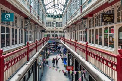 3. Explore the Victorian arcades