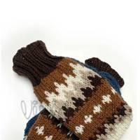 The meme-worthy mittens