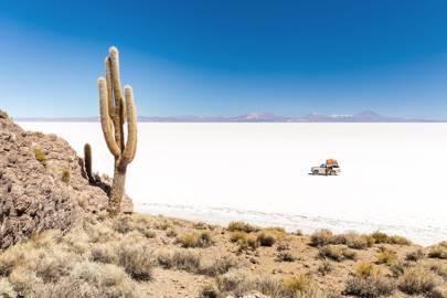 2. Salar de Uyuni, Bolivia